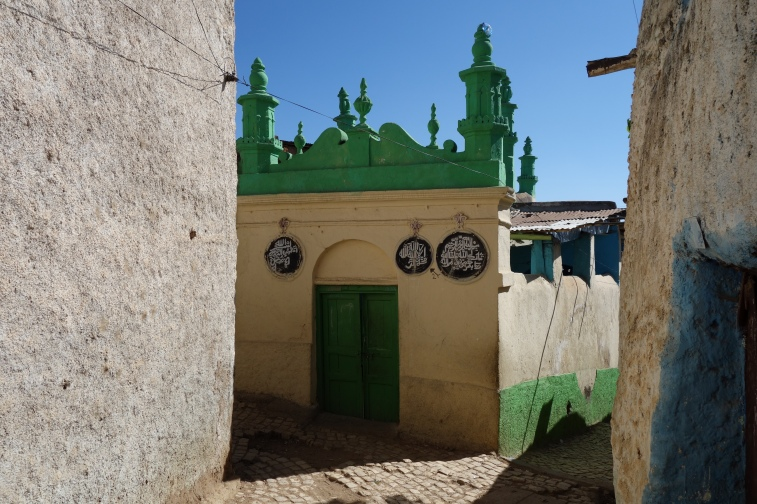 One of the countless mosques in Harar.