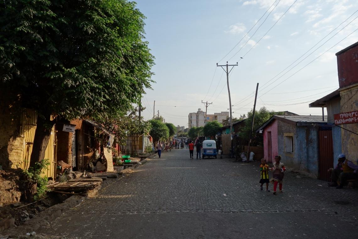 bahir-dar-backstreet-2