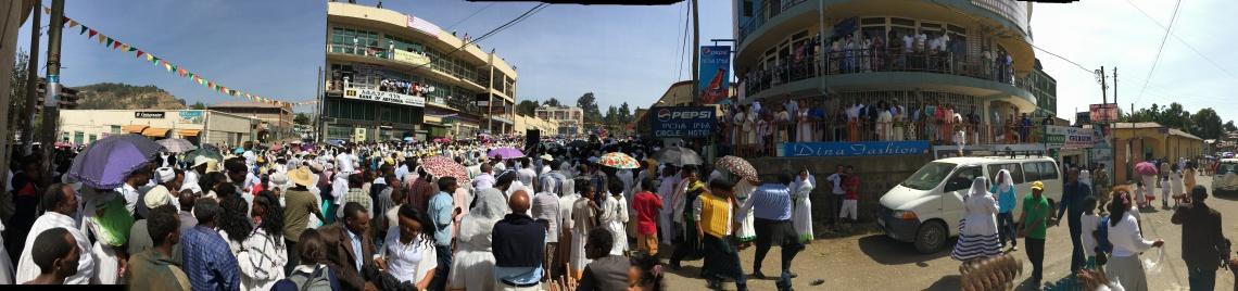 gondar-timkat-spectators
