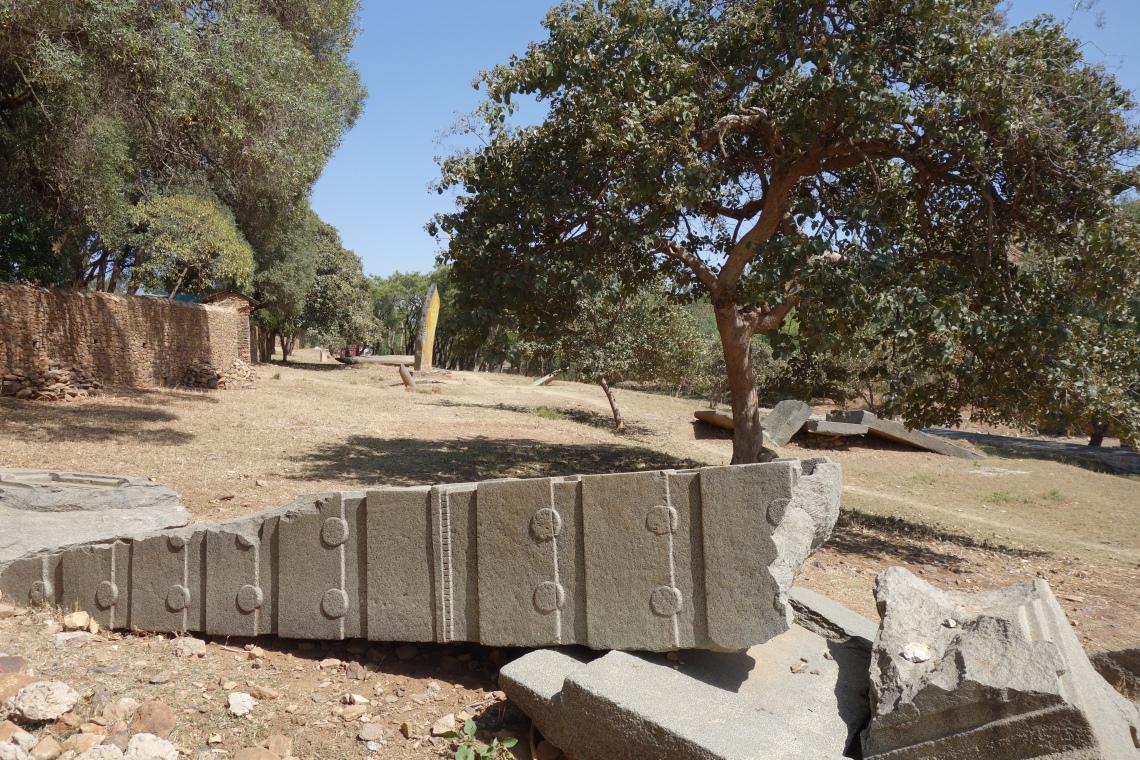 axum aksum collapsed stelae (3)