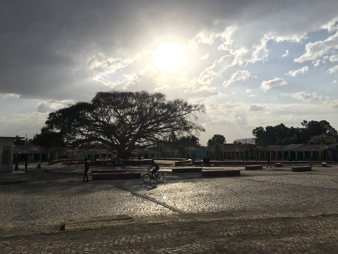 axum aksum piazza sunset