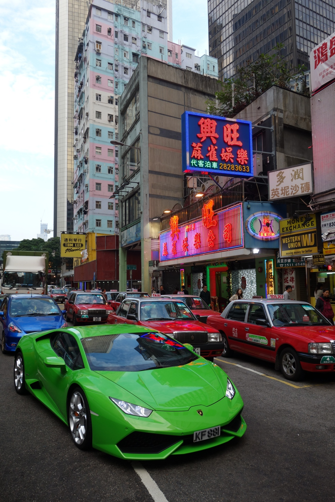 hong kong green lamborghini huracan