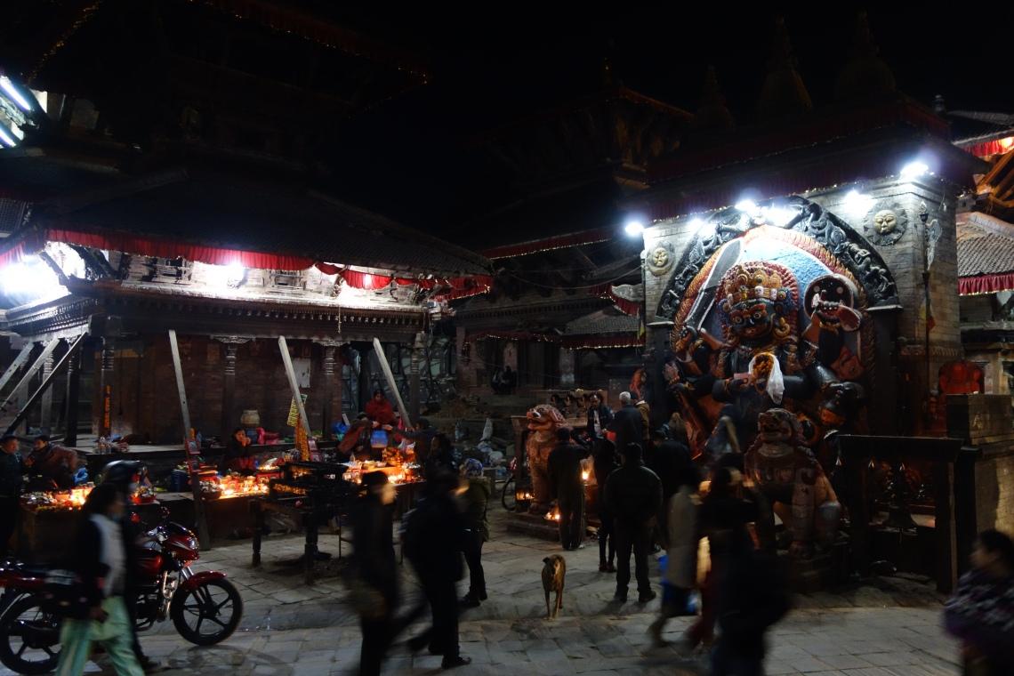 kathmandu durbar square basantapur hindu shrine (1)