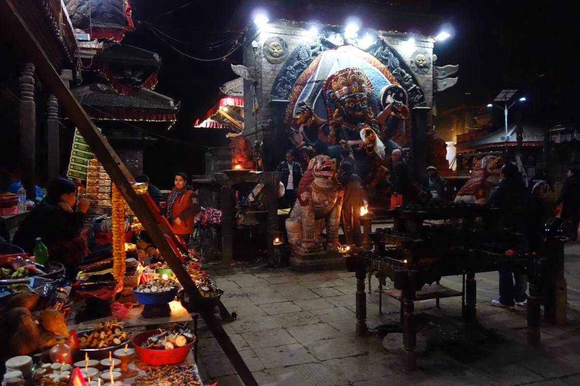 kathmandu durbar square basantapur hindu shrine (3)