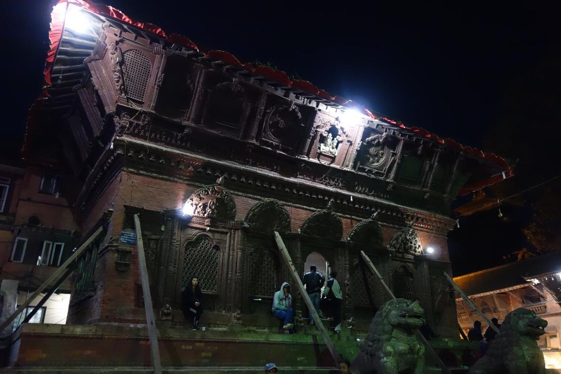 kathmandu durbar square basantapur temple damage (1)