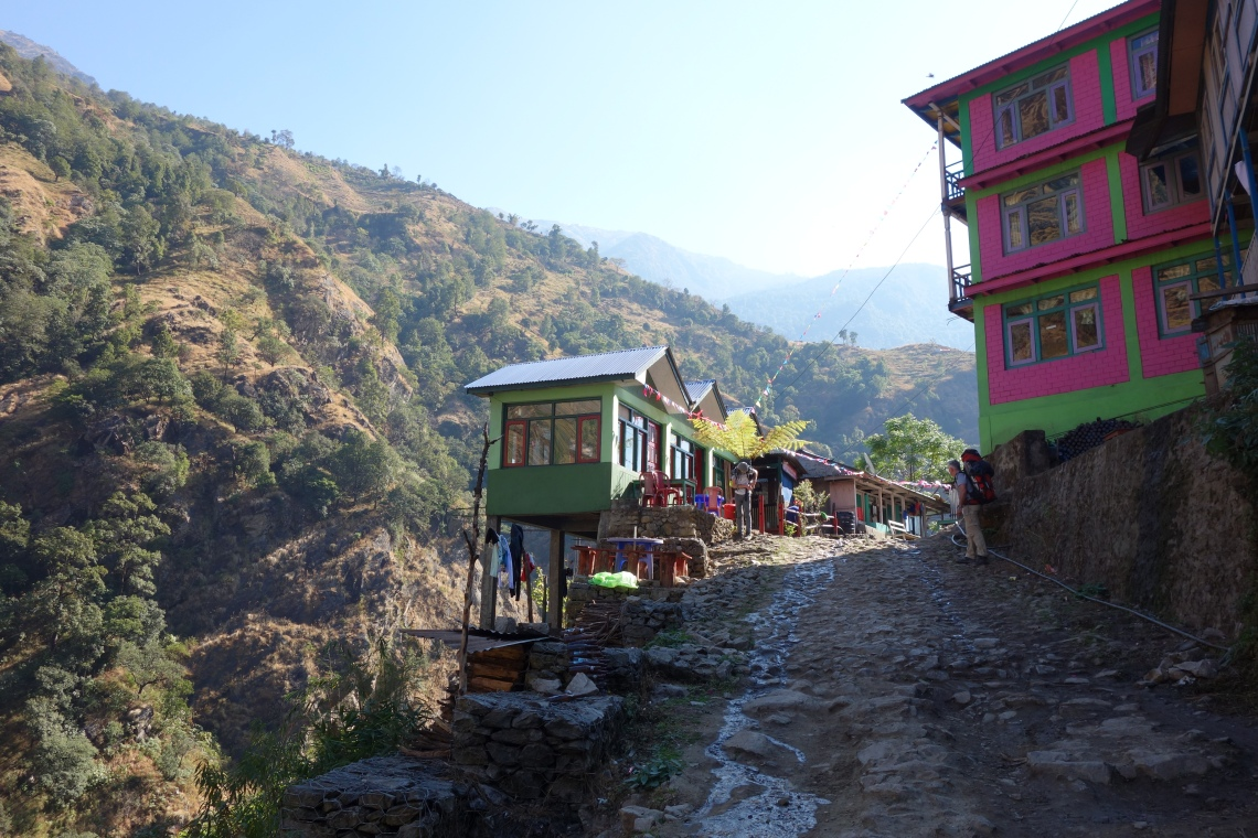 annapurna circuit teahouses tea house nepal himalayas