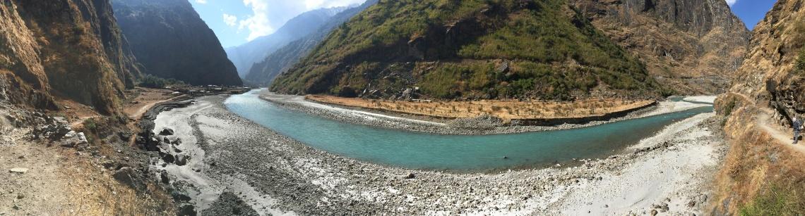 lake tal annapurna circuit nepal himalayas (1)