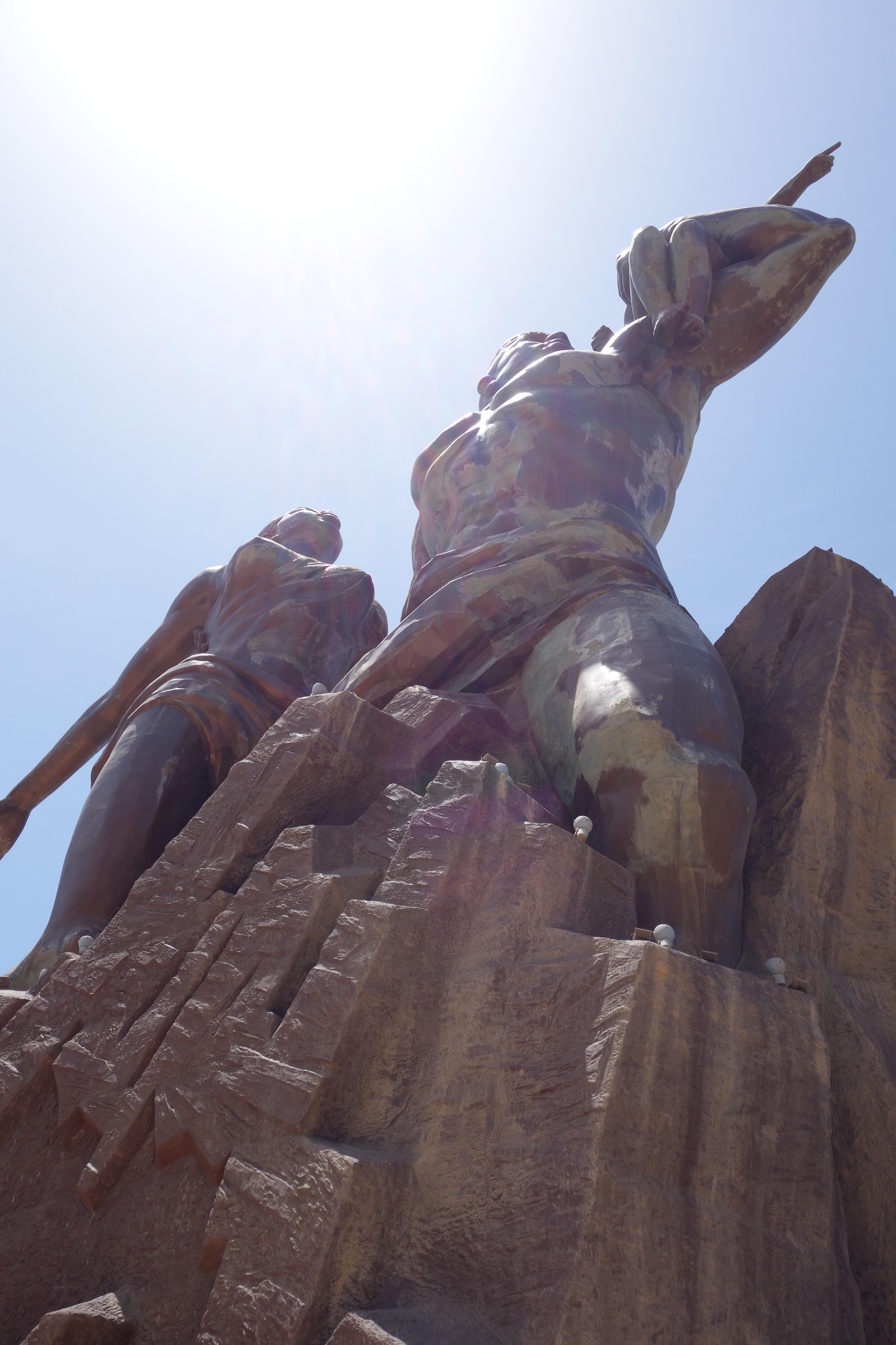 african renaissance monument monument de la renaissance africaine dakar senegal travel blog (2)