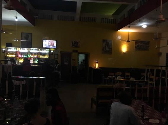 dakar senegal african nightlife bar travel blog (2)