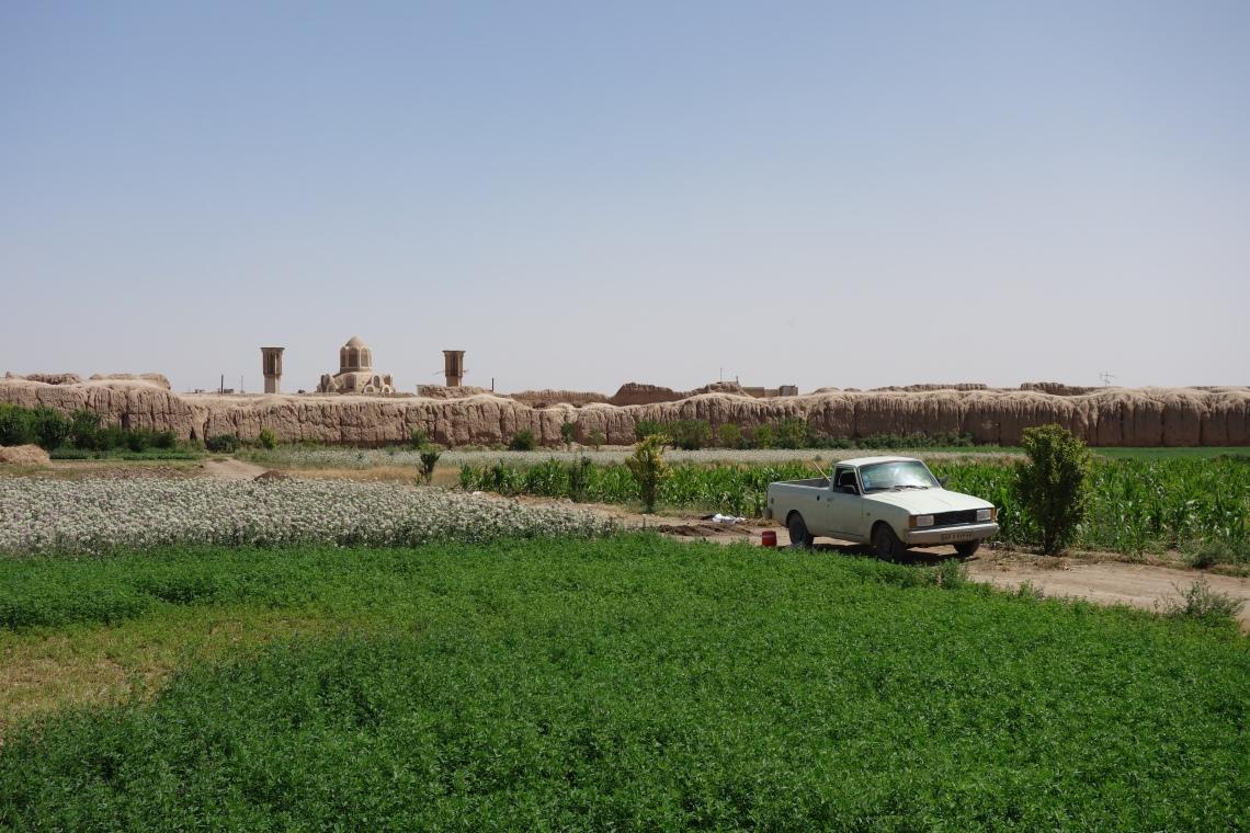 ghaleh jalali castle kashan iran fortress (1)