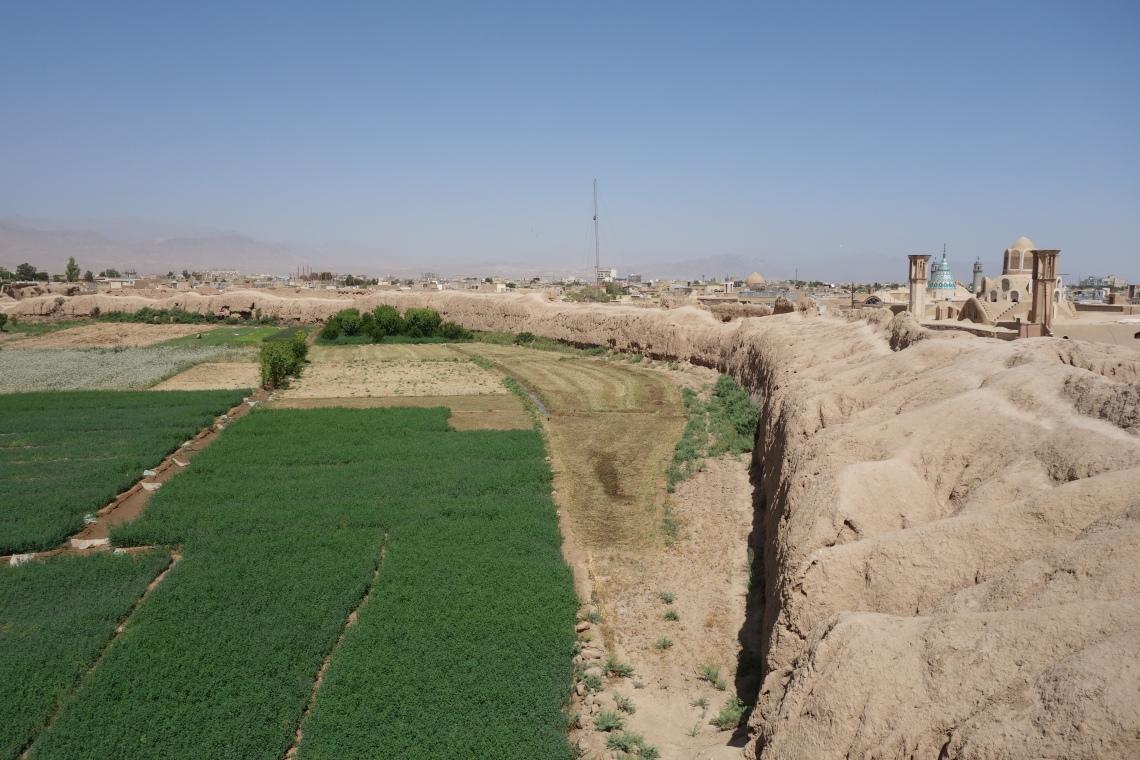 ghaleh jalali castle kashan iran fortress (3)