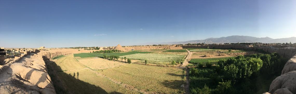 ghaleh jalali castle kashan iran fortress panorama (1)
