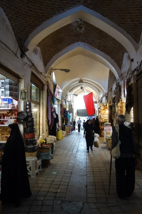 kashan bazaar interior iran travel blog (1)