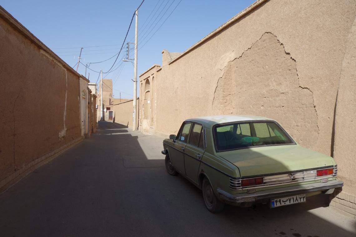 paykan kashan iran travel blog